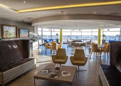 VIP lounge Fireblade Terminal OR Tambo - private-sky Private Air Charters